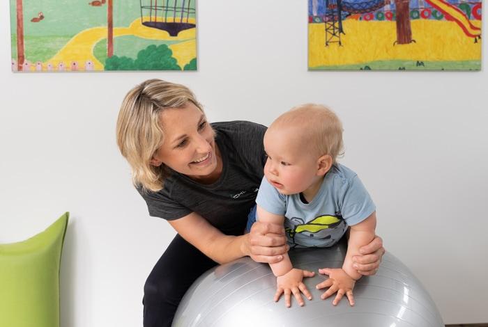 Frühförderung-Krankengymnastik für Kinder, Physiotherapie Schwert Mesum-Rheine