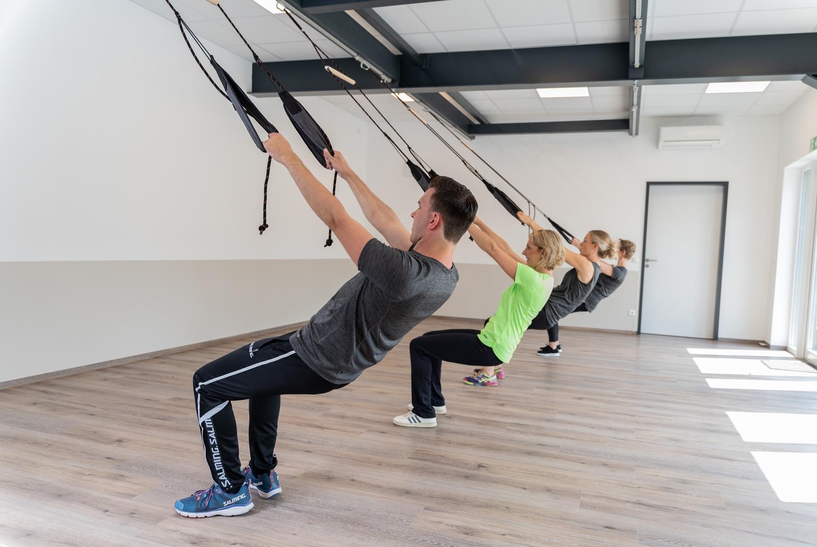 Slingtraining: Lerne deinen Körper zu beherrschen in der Physiotherapiepraxis Schwert